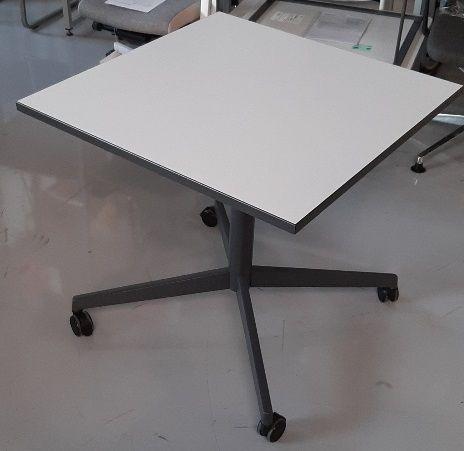 TouchDown2 - Tisch Typ 10/gerade
