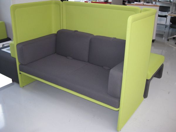 Coalesse Lagunitas Lounge und Sofa 2-sitzer hohe Blende
